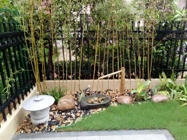6万   元素:硬质铺装,花池,栏杆,植物,卵石,灯具,防腐木等   设计单位