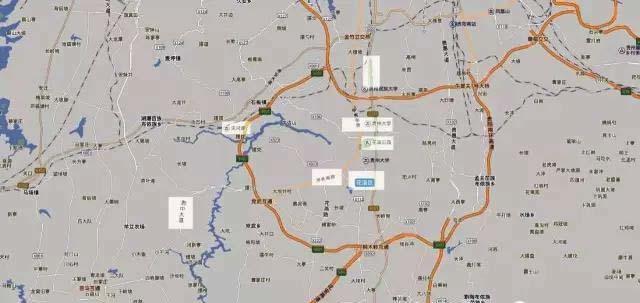 大学城外,更有 贵州大学新校区坐落在甲秀南路一侧, 天河潭风景区虽