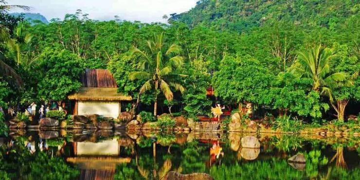 和坊茶楼, 七仙岭温泉国家森林公园, 呀诺达雨林文化旅游区, 甘什岭