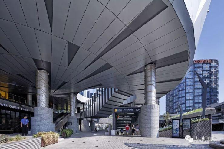 绿地设计|上海城市中心电子综合体规划设计房地产新锐楼书设计图片