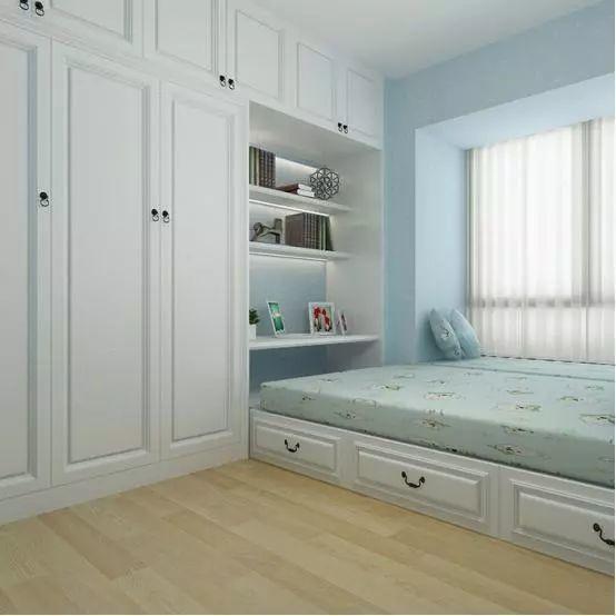 一体式衣柜:适合狭长的户型,将房间的一面墙全部打造成衣柜,保证墙面
