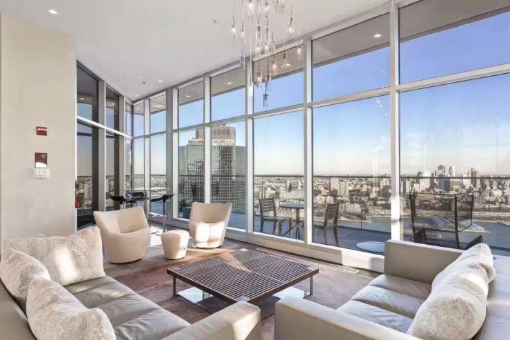 探访美国车库(二):111平方公寓,物业费1000美带好不好楼市别墅?图片