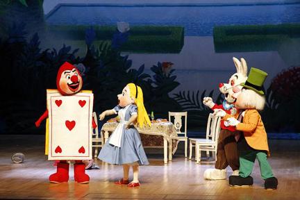 【恒大时代之光】南昌首届世界经典童话剧展演开始了 妈妈我要看