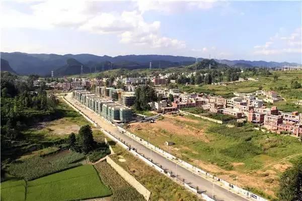 乌当区多措并举推进 偏坡特色小城镇建设