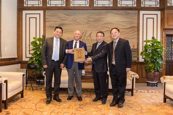 托尼洛兰博基尼集团授权泽亿集团中国区房地产项目独家许可