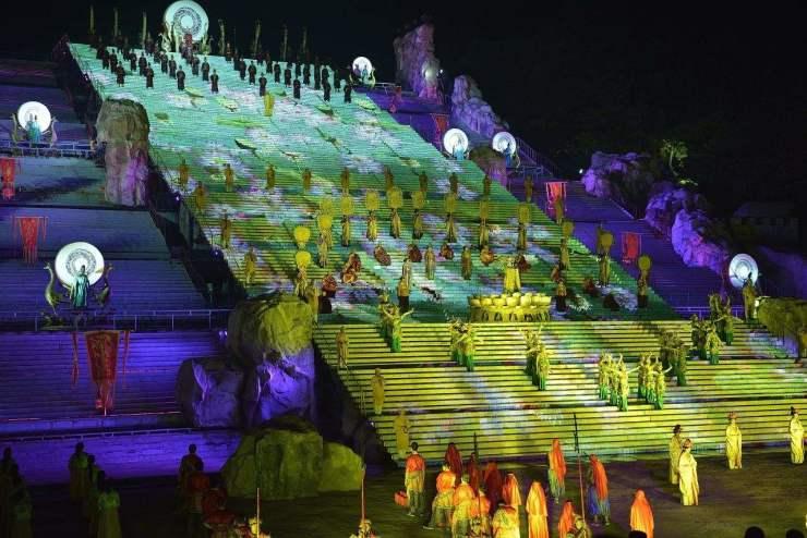 全城招募:鲁能杯第32届泰山国际登山节即将启幕!
