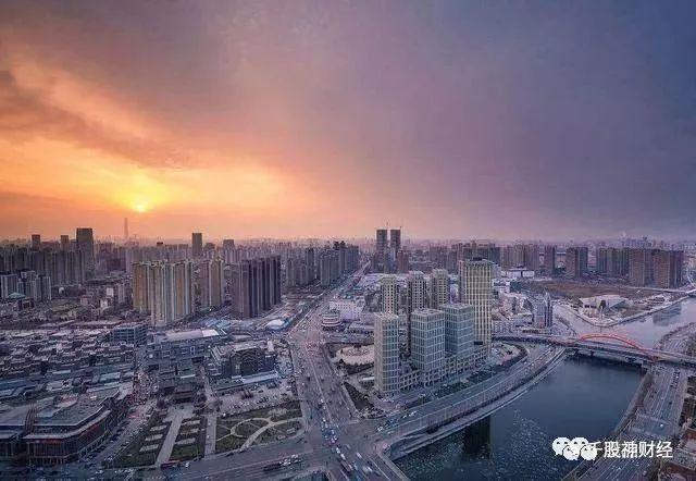 """中国楼市再迎重大变局,年后房价将""""暴跌"""",炒房客被洗劫一空?"""