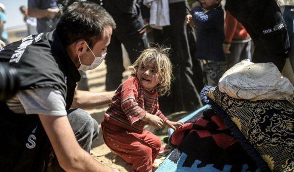 救救孩子!美媒:全球万余儿童因冲突死伤 甚至被迫充当人弹