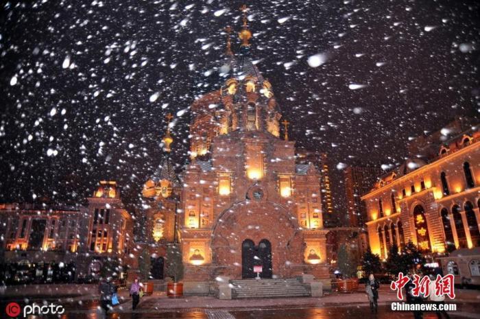 雨雪风沙齐登场 中东部多地气温创入秋来新低