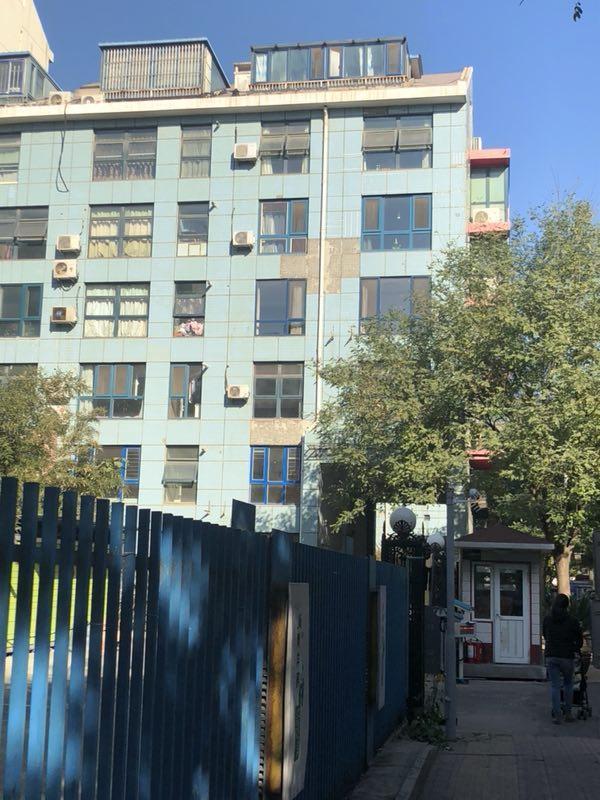 住宅外墙瓷砖脱落,小事藏着重大安全隐患!