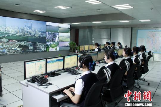 """广西柳州城管""""非接触式""""执法实现与经营者零冲突"""