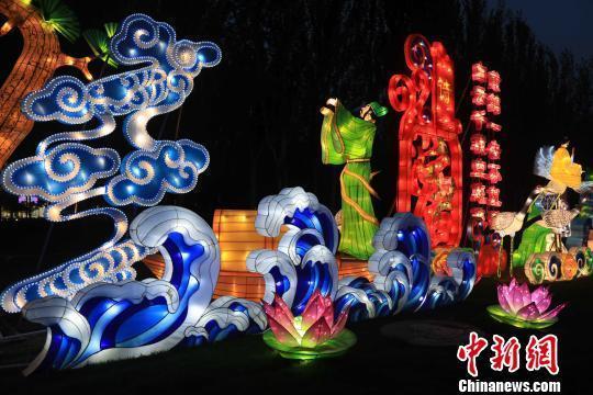 盘锦举办东北最大科技文化灯会—辽河湿地国际灯会