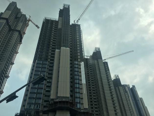 """""""网红盘""""华润城再推新:依然""""7人抢1套房"""" 投资客却加速离场"""