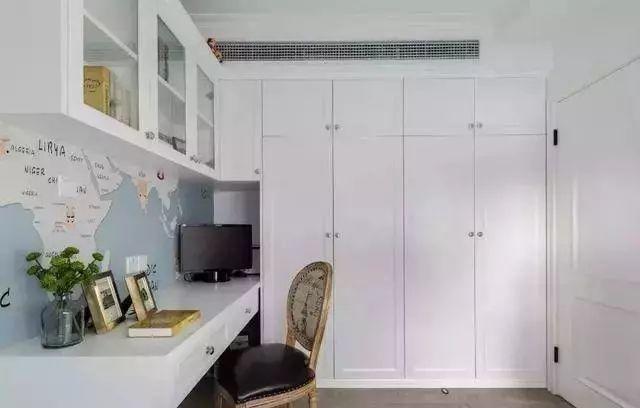 建材资讯:98㎡个性美式风复式装修,这逆天的楼梯设计,让整个家都充满活力!