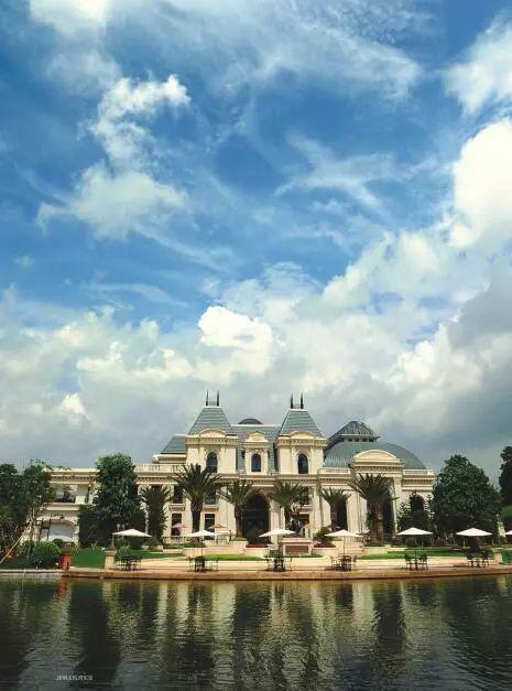 中国房价到处10万+ 如何区分伪豪宅?
